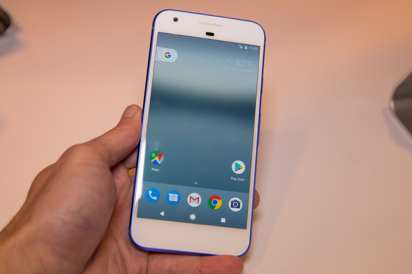 Phone First Google Android Phone hands on google pixel and xl the first android 7 1 phone is gorgeous